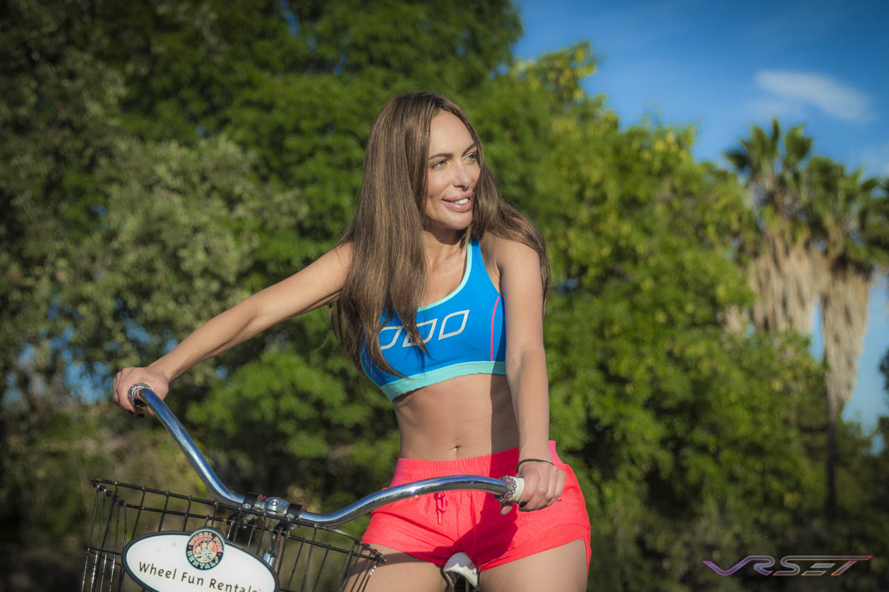 Lorna-Jane-Two-Tone-Blue-Sports-Bra-Hot-Orange-Short-Model-Bicycle-OC-LA-Fashion-Photographer