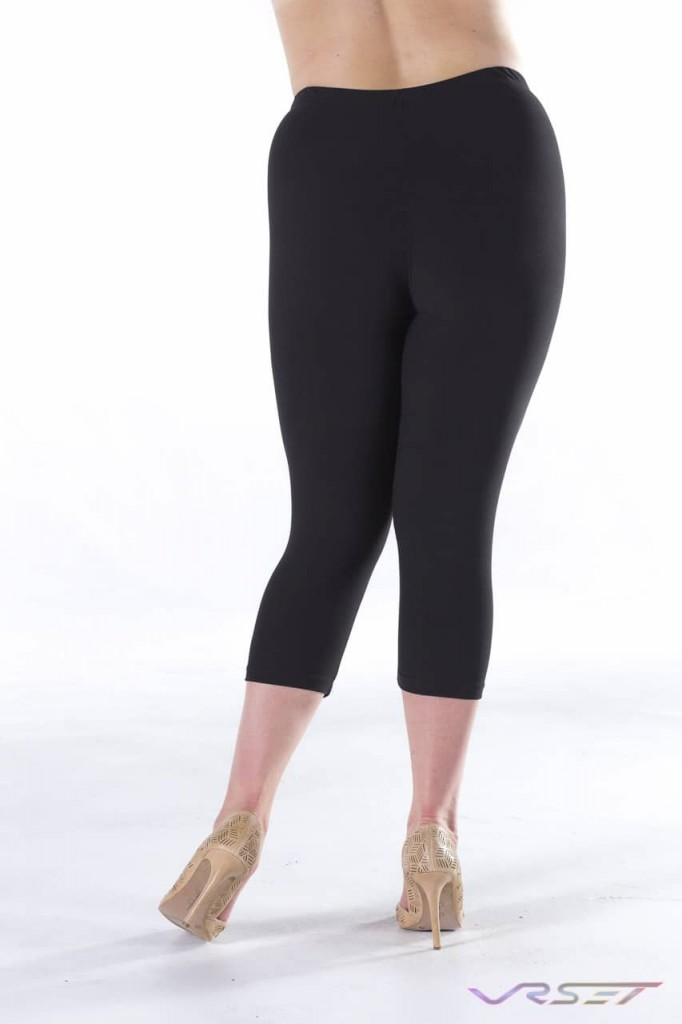 Black leggings plus size model back Amazon Shopify Ecommerce by Top Fashion Photographer Los Angeles & Orange County Video Production David