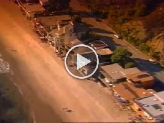 Scape.RealEstate  'Scape real estate magazine TV promo produced by VRset, the aerial shots were accomplished via Tyler mount onboard a Bell 206L4 jet long ranger helicopter in Los Angeles