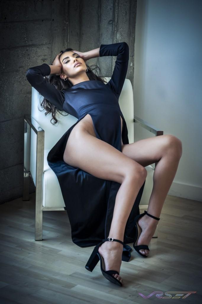 Model Dominique Muscianese Glamour